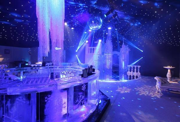 Winter Wonderland Christmas Theme.News Invisible Blue